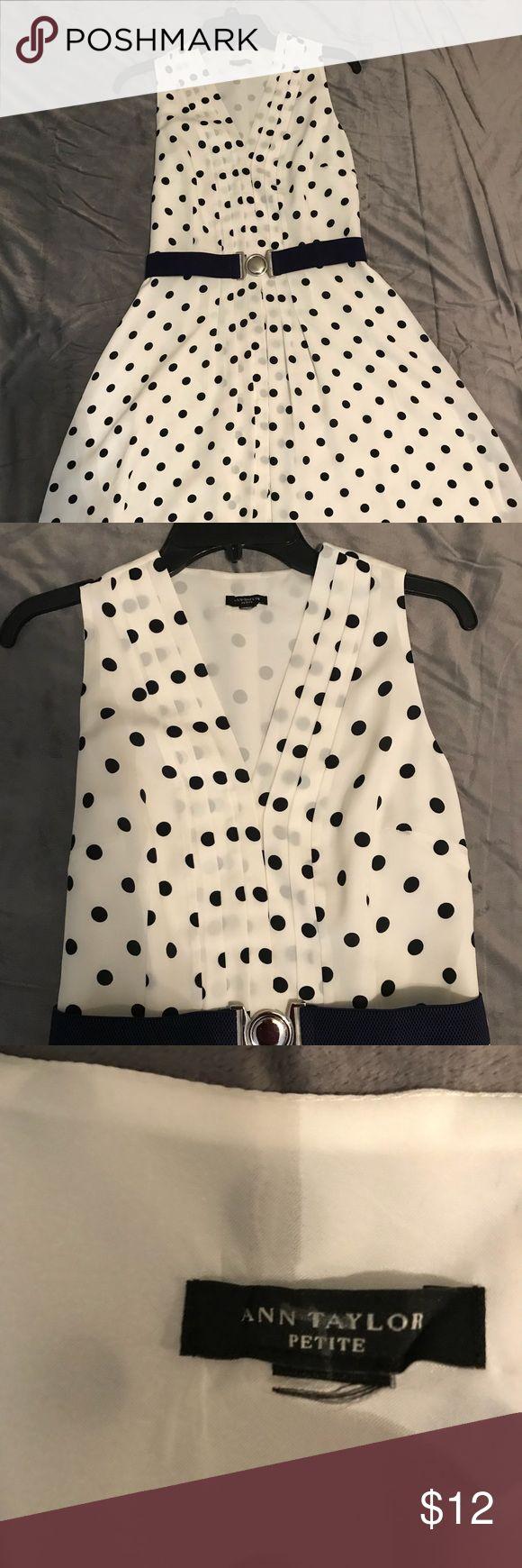 Ann Taylor Petite Dress Ann Taylor polka dot dress. Petite. Size 8. Reposh (I am not petite:) Good condition. Ann Taylor Dresses Midi