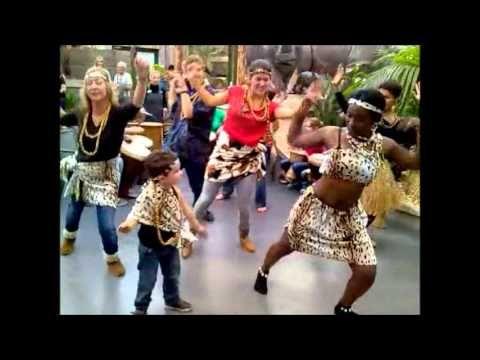 Afrikaanse Dans Workshop - YouTube