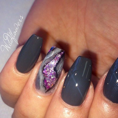 Wildflowers Nails Amethyst Geode Nails