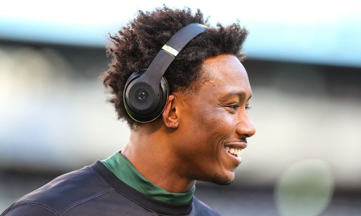 Giants sign ex-Jets' WR Brandon Marshall for two years, $12M = Wideout Brandon Marshall asked to be released from the New York Jets, and the team granted his request. He's already found another team, and he's not even going to have to move for the 2017 season. He signed with the New York Giants for two years and $12M. When the 2016 season ended, Marshall expressed frustration with being on the Jets' roster, since he's…..