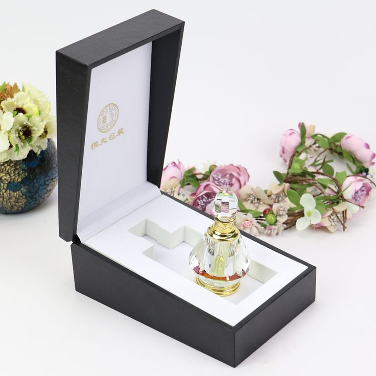 Handmade Perfume Boxes. Factory Direct. Imagine Your Logo and Products... #handmade_box #perfume_box #packaging_ideas #factory_direct #made_in _china #sourcing_china #china_sourcing