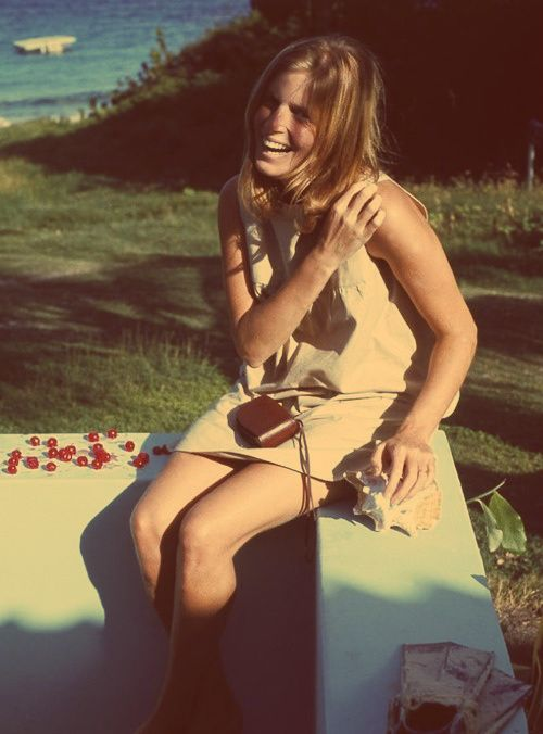 Linda Louise McCartney, Lady McCartney- wife of Paul, mother of Mary, Stella and James McCartney