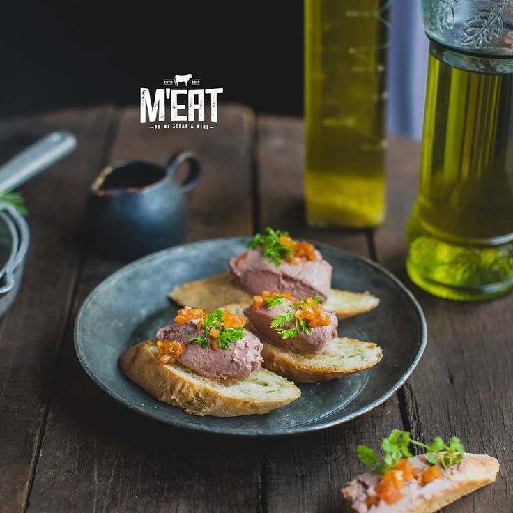 Homemade chicken liver pate #meat #meatbybeat #beatgroup #meatrestaurant #steakhouse #steaks #azerbaijan #baku #restaurants #food #cuisine #beef #veal #pate #chicken #liverpate