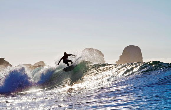 Janelle Anderson, Surf rider #mauiwoman #pichilemu summer sessions