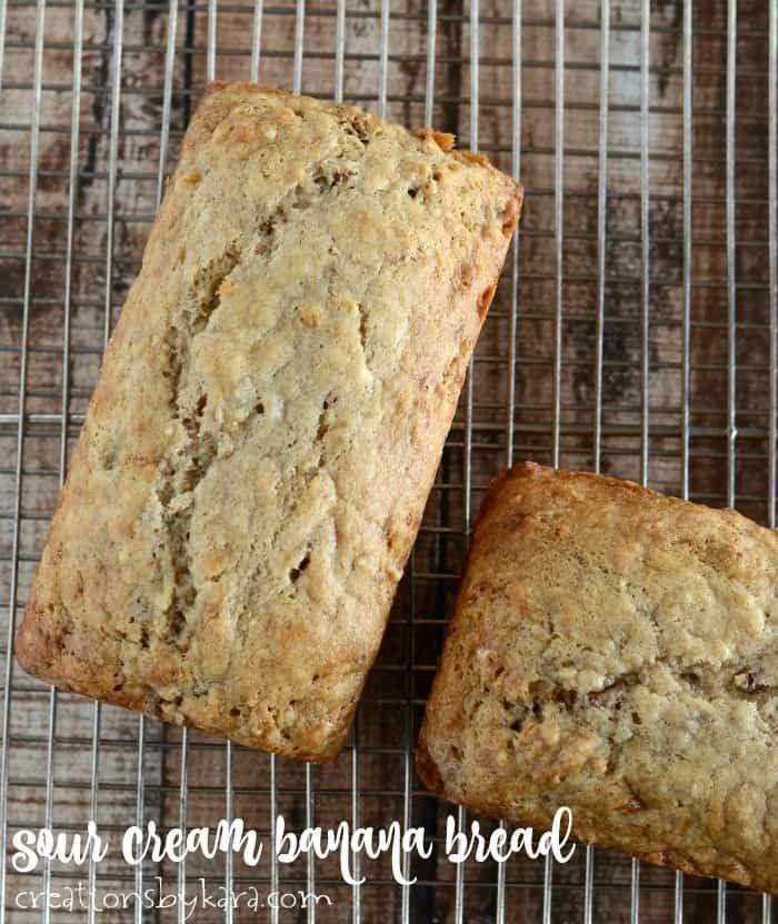 Sour Cream Banana Bread Or Muffins Creations By Kara In 2020 Sour Cream Banana Bread Bread Recipes Sweet Baked Banana