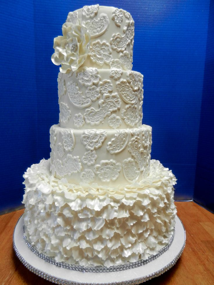 ruffles and lace wedding cake wwwcheesecakeetcbiz wedding cakes charlotte nc