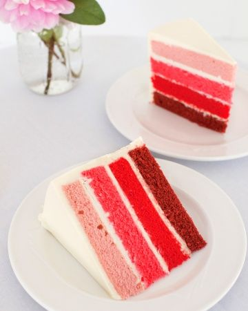 What's on the Inside Counts Who says the outside of your wedding cake should have all the fun? Let the inside take center stage with vibrant colors (like these red velvet slices) and even striped layers.
