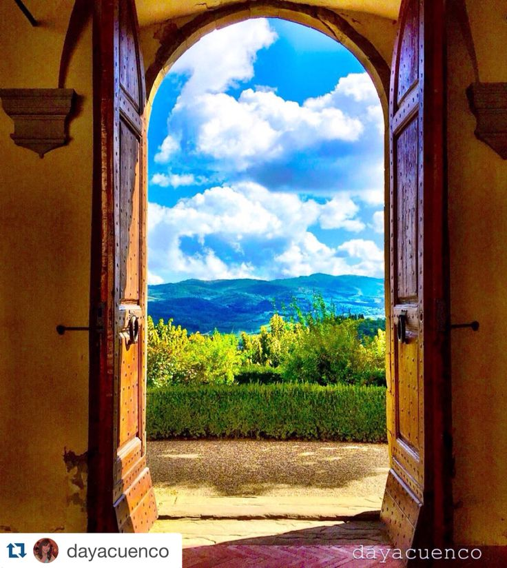 Beautiful view from the garden of Castello Vicchiomaggio greve in Chianti Toscana