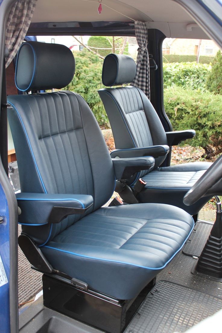 VW T4 Caravelle Captain's chairs in the retro pleat style with Navy Blue vinyl and Royal Blue piping.