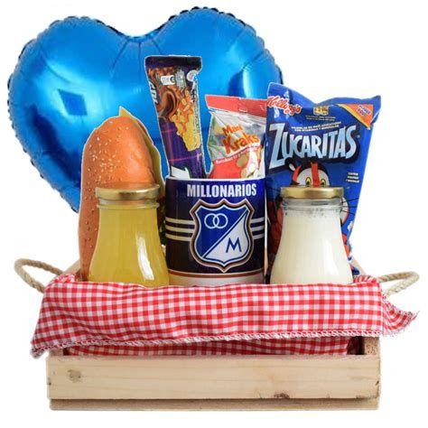 Pin De Dagaya En Regalos   Desayuno Sorpresa Para Hombre Breakfast Desayunos, Men Gifts, Birthday Gifts, Gift Boxes