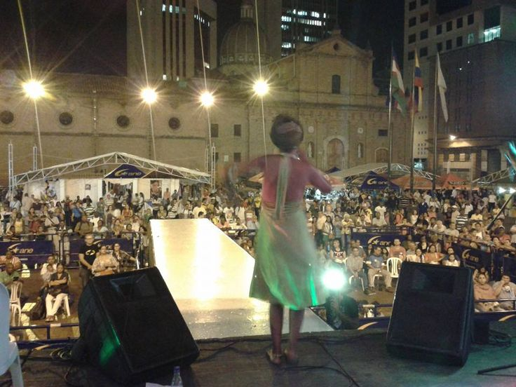 Cinthya Montaño en el Festival de la Herencia Africana.
