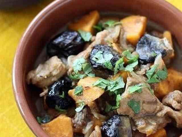 モロッコ風★鶏肉とさつまいもの煮込み