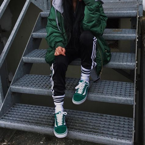 Green old skool vans, track pants, street style