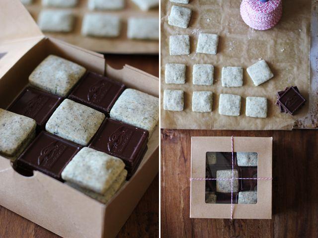 earl grey shortbread cookies w/ butter, powdered sugar, vanilla extract, orange zest, loose leaf earl grey tea, cornstarch & all purpose flour