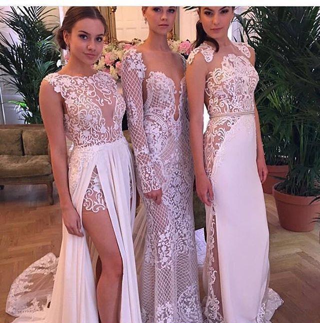 Gorgeous dress by Berta Bridal via @vestidoca  Olha que look perfeito que encontrei no @vestidoca! Vestidos lindos e perfeitos? @vestidoca @vestidoca @vestidoca @vestidoca . .  Snap 👻 vestidoca