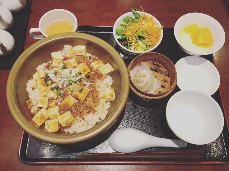場所によって出会う人や耳に入る話は変わる様々な場所へ行き様々な人と出会えば多くの価値観に触れることが出来る  #麻婆豆腐 #中華料理 #tokyo #japan #shinjuku #新宿