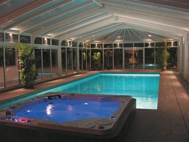 Vírivka a bazén...čo viac si priať! :)