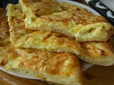 Хачапури с сыром, традиционное блюдо грузинской кухни, довно полюбились и пользуются огромной популярностью во многих странах. Хрустящее тесто с нежной сырной начинкой внутри… Да, это восторг! Самый …