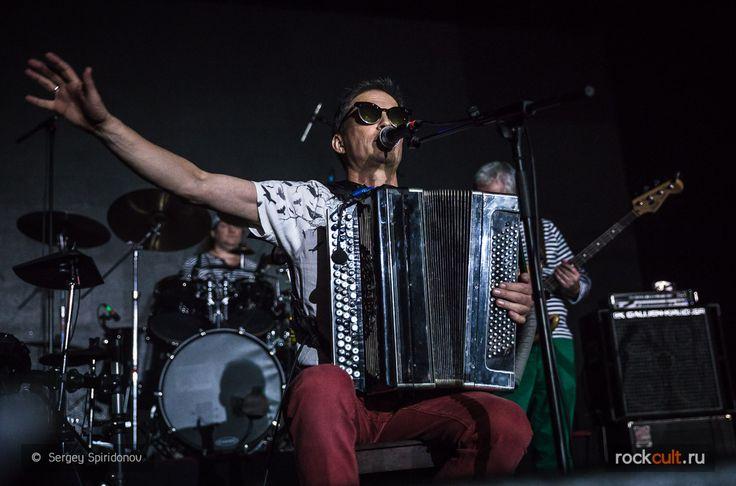 Фёдор Чистяков отменил российские концерты группы Ноль - http://rockcult.ru/news/fedor-chistyakov-cancelled-concerts-nol-in-russia/