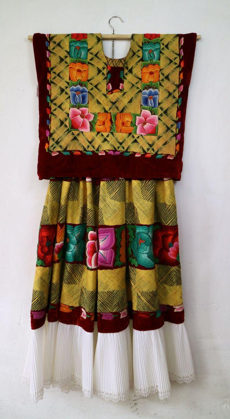 Traje flor en medio, cadenilla de algodón y flores bordadas a mano(T88)…