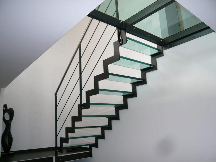 Les 25 meilleures id es de la cat gorie escalier bois for Escalier en terre