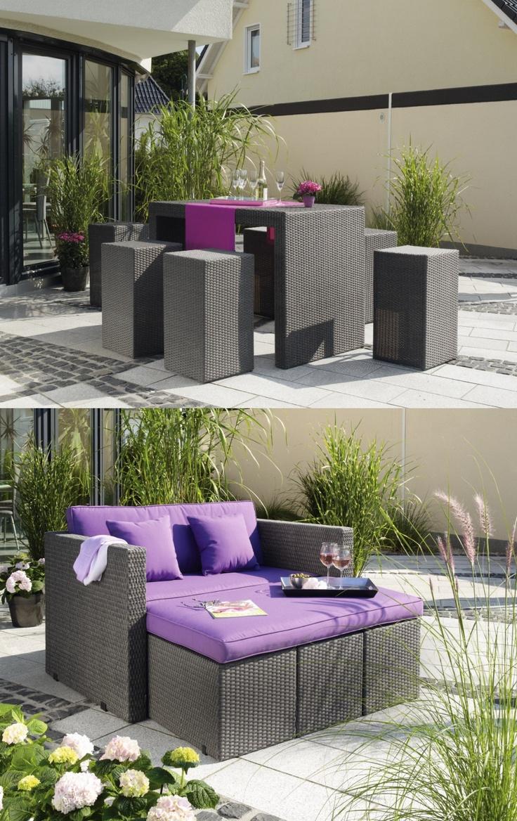 """Ihr träumt von einer neuen großen Lounge Sitzgruppe für euren Garten oder die Terrasse? Aber Platz für einen #Gartentisch muss auch noch gegeben sein? 2in1 lautet die Lösung für euer Problem! :) Diese schicke Gartenmöbelgruppe """"Aventura"""" gibts im #OBI Markt oder im Onlineshop."""