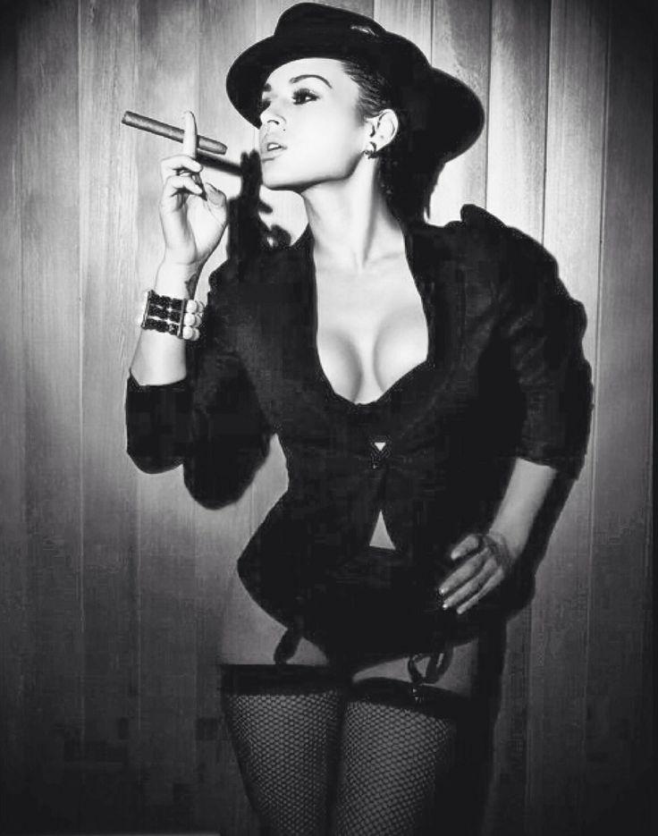 Sexy Lady with a Cigar | #cigarlady #cigar | Cigar ...