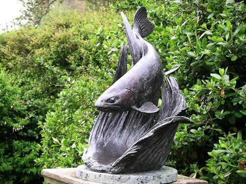 Bronze garden or yard sculpture by artist lorne mckean for Fish garden statue