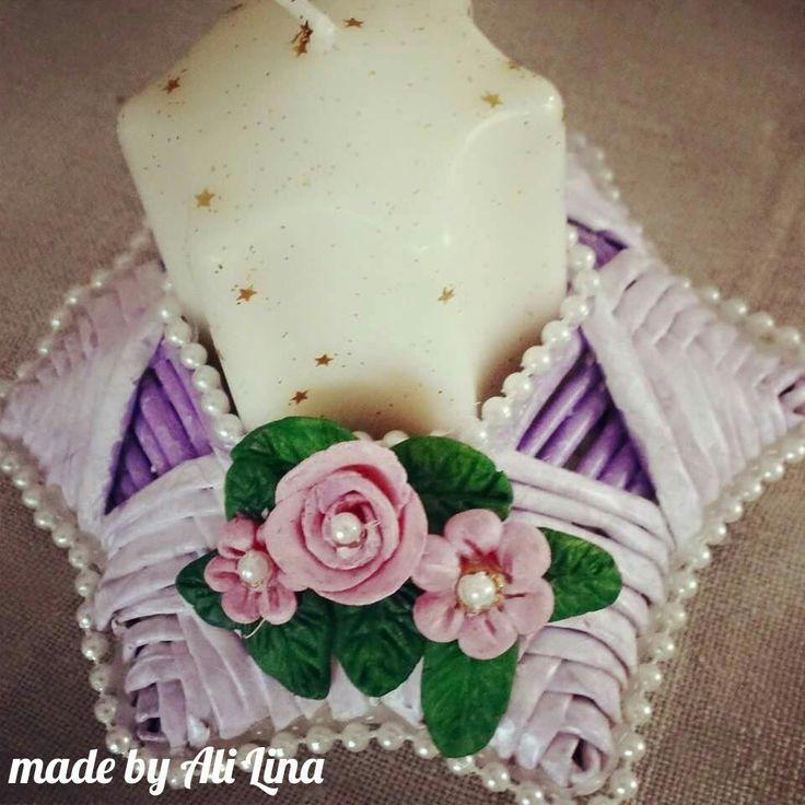 Porta candele di cannucce e decorata con pasta di mais
