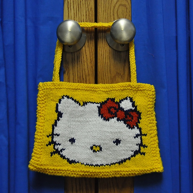 Hello Kitty Knit Purse Pattern YARN: Baubles & Flowers & more. P?