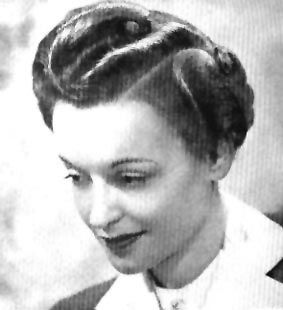 1940's hairstyles - vertical fingerwaves