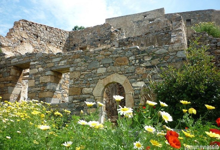 Ruderi a Spinalonga - Creta