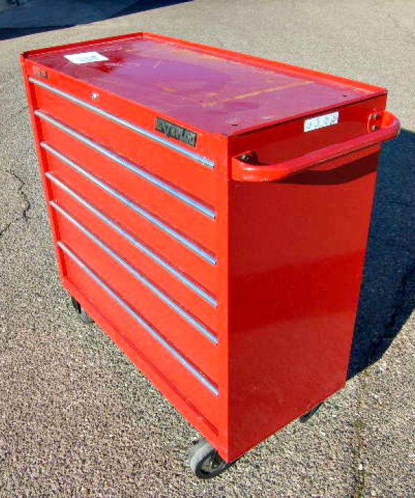 Keep your tools organized with this Water-loo tool box on wheels!