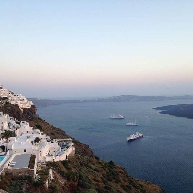 We are so grateful for this amazing view. Don't you get jealous? #santorini #santoriniisland #Catering #santoriniwedding #spicybitescateringevents