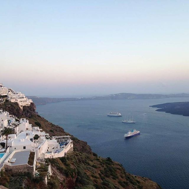 We are so grateful for this amazing view. Don't you get jealous? #santorini #santoriniisland #Catering #santoriniwedding #spicybitescateringevents