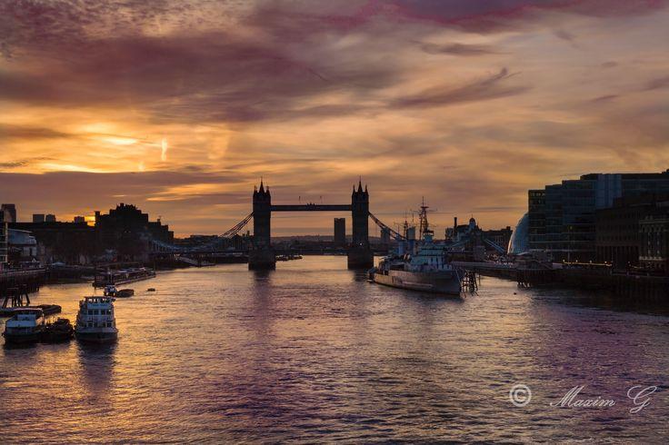 #london #thames #towerbridge #river #belfast #sunrise #architecture #maximg_photography #boats