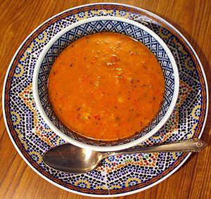 Harira Tarifi (Geleneksel Fas Çorbası) http://www.yemekprogrami.net/corba-tarifleri/harira-tarifi-geleneksel-fas-corbasi.html