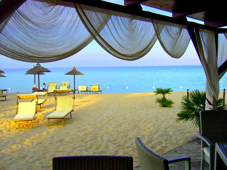 Nightlife in Sardinia, Italy http://www.hotelsinsardinia.org/holidays/nightlife/beach-bar/