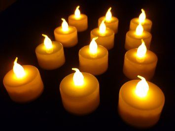 Icecorps Lot de 12 bougies LED à piles avec lumière vacillante Ambre