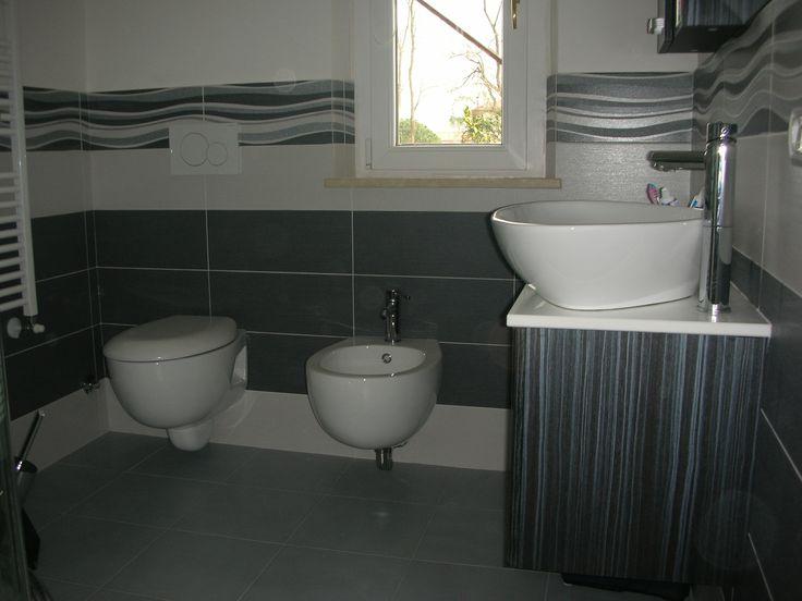 Oltre 25 fantastiche idee su Arredamento da bagno grigio ...