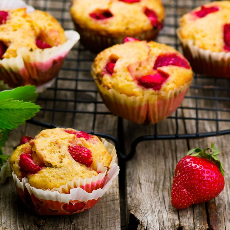 Simple Strawberry Cupcakes – Baby Led Weaning