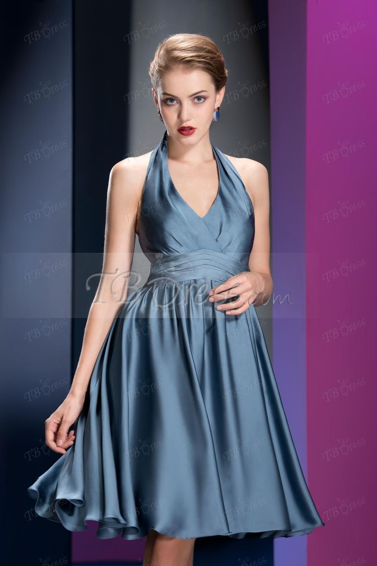 High Quality A-line Knee-length Halter Ruched Homecoming Dress