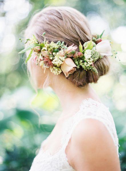 40 coiffures de mariée avec cheveux relevés 2017 Image: 23