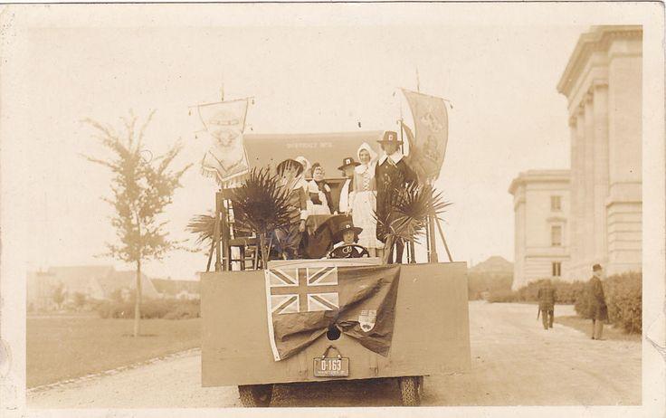 RP; Parade, WINNIPEG, Manitoba, Canada, 1931; Puritans Float, Manitoba Flag