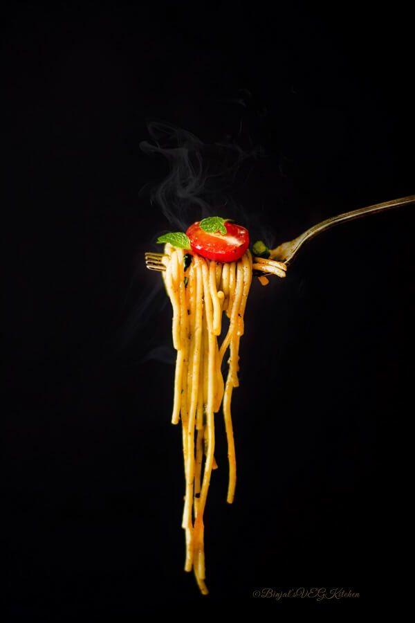 Quick One Pot Spaghetti or Pasta - Binjal's VEG Kitchen