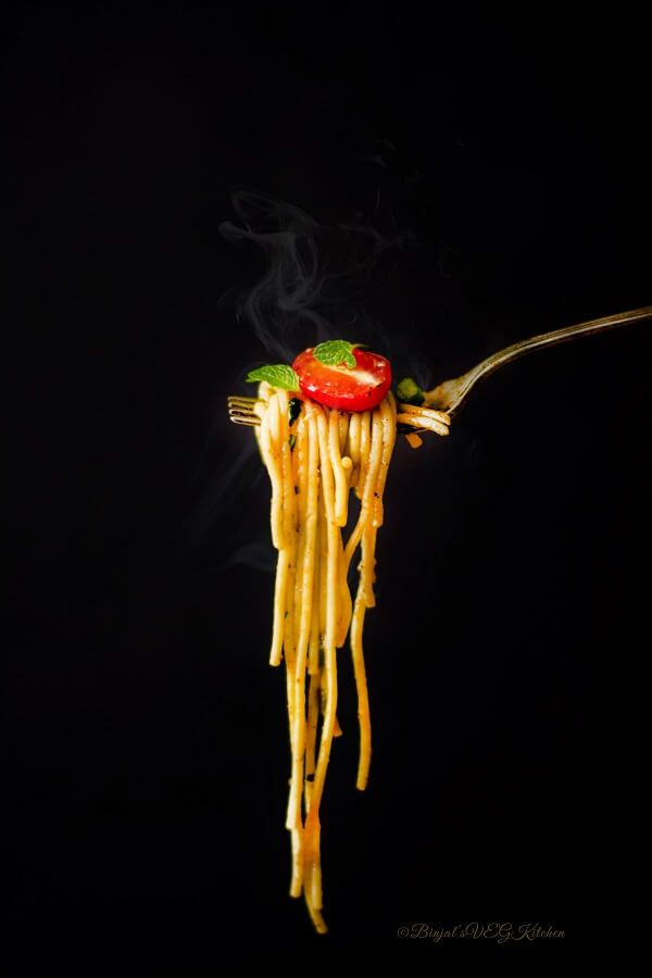 Quick One Pot Spaghetti or Pasta - Binjal's VEG Kitchen
