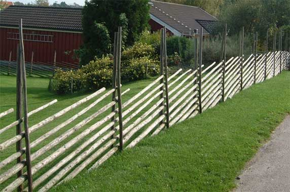 Could this be a possible technique for a bamboo fence?