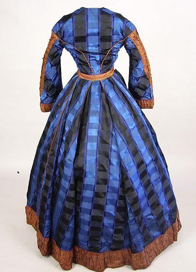 Original blue & brown striped silk wrapper - The Graceful lady
