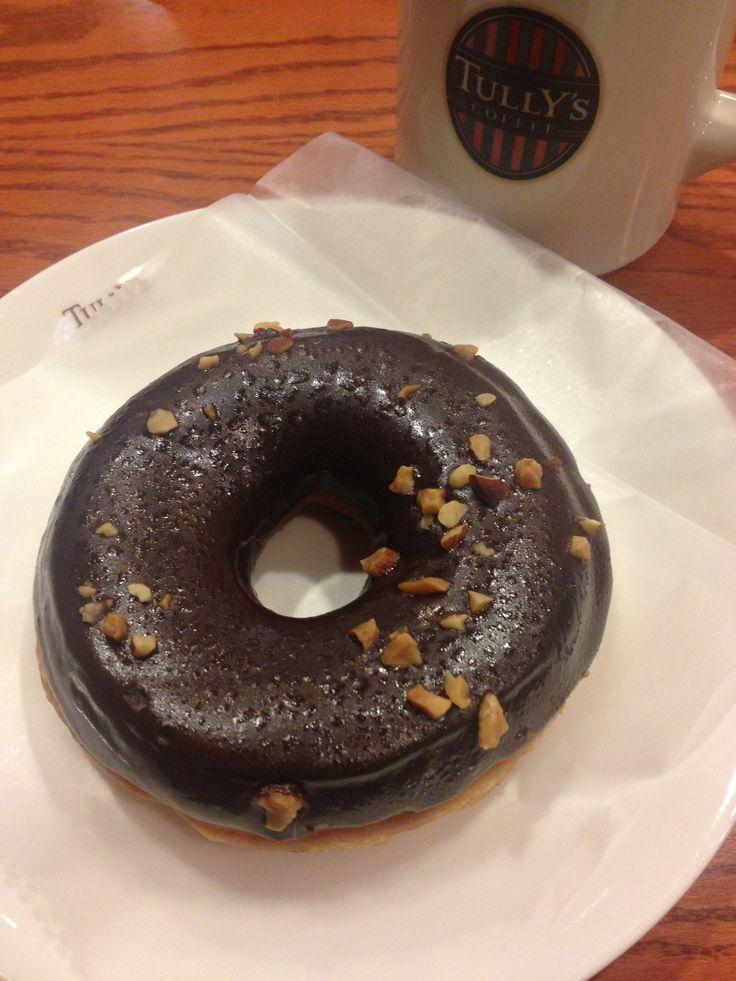 Roasted Almonds & Chocolate Doughnut | ローストアーモンドチョコドーナツ @ TULLY'S