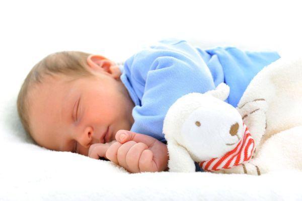 6 Dicas para seu bebê aprender a dormir sozinho